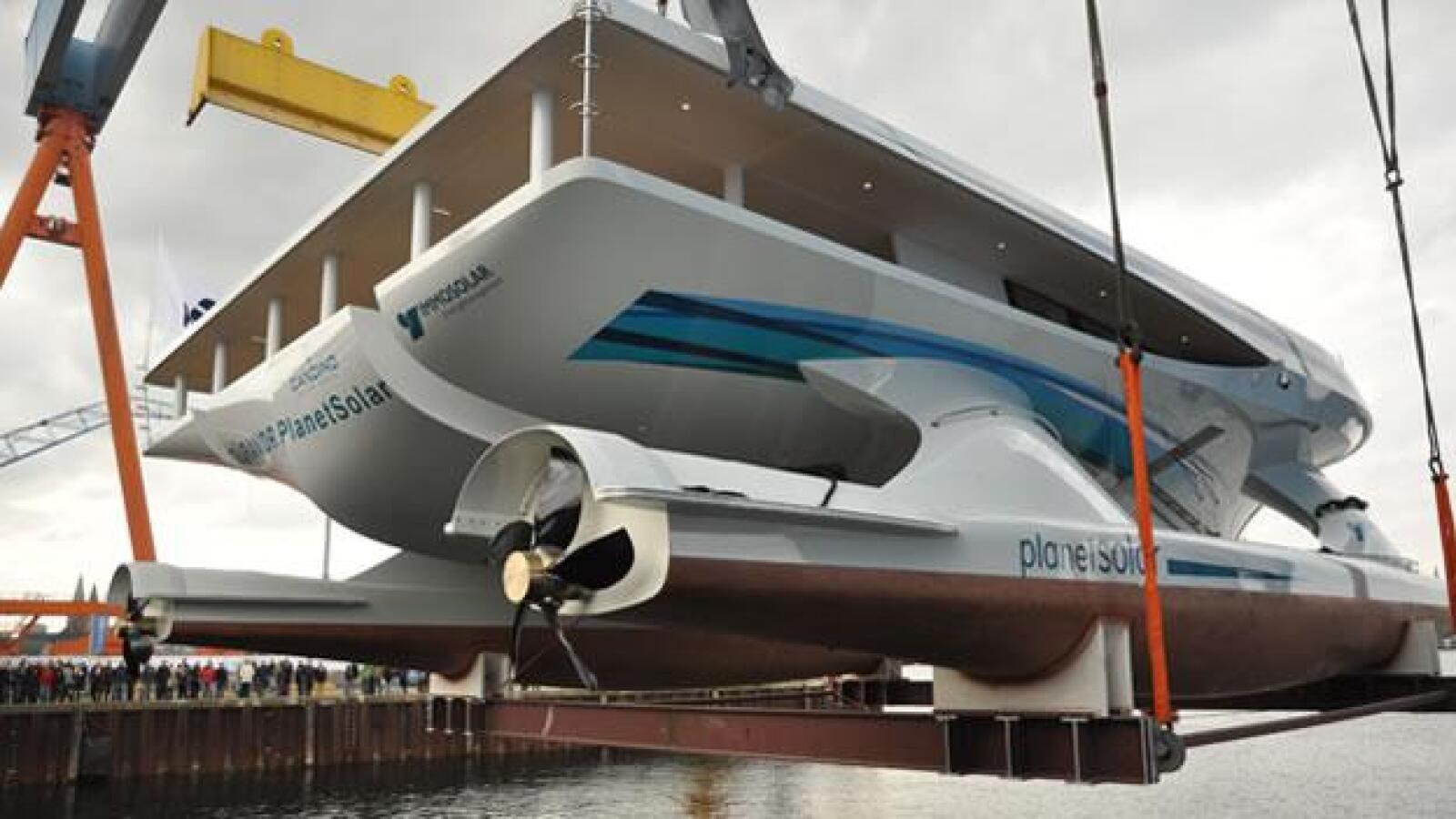 yate mas grande energia solar preparacion mar baltico