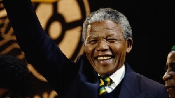 El ex presidente sudafricano falleció ayer a los 95 años y en el país se preparan una serie de actos en su honor. Se espera que sea enterrado el 14 o 16 de diciembre.