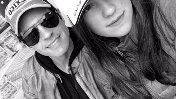 Mauricio Ochmann y su hija Lorenza