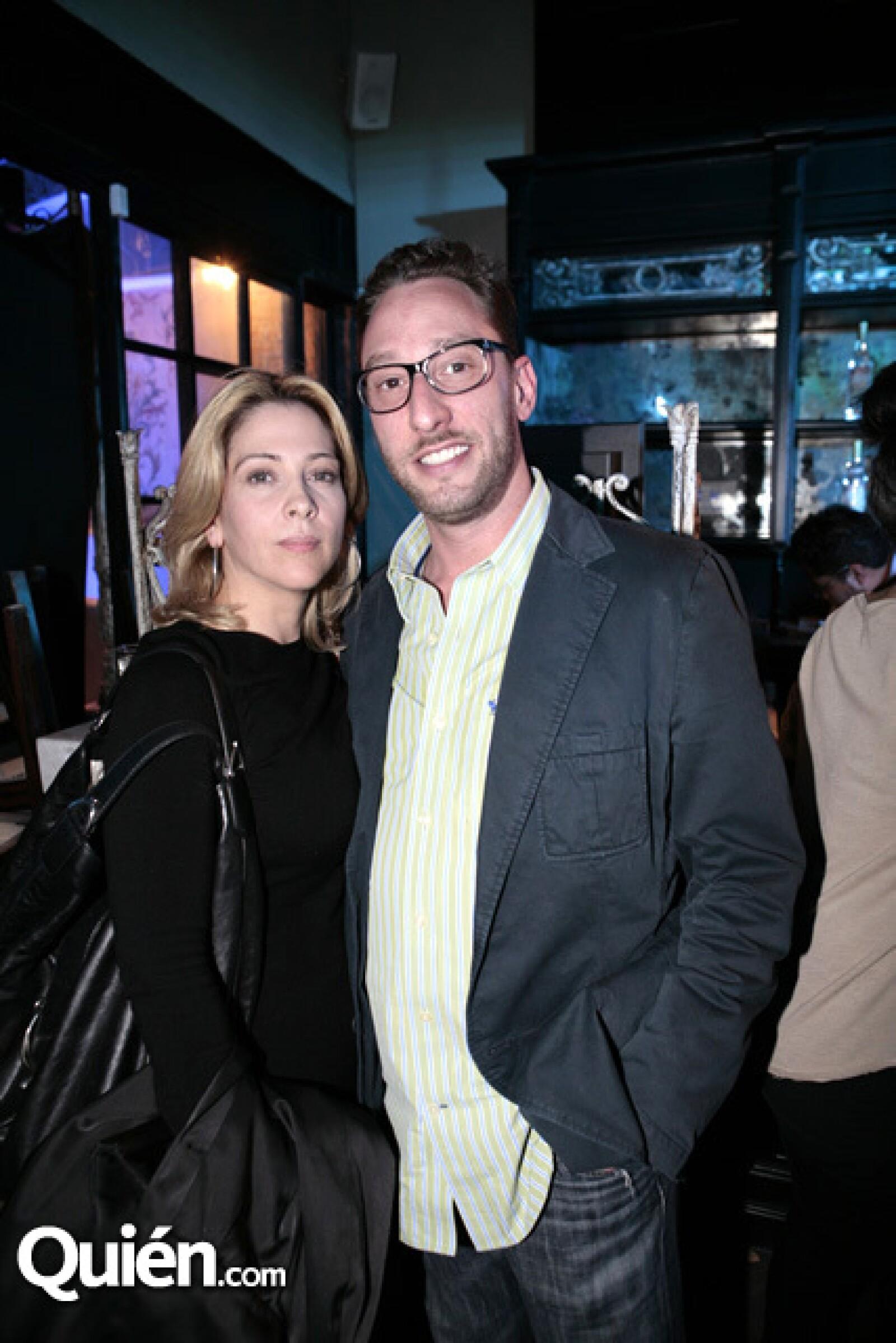 Vanessa Ciangherotti y William Vogel