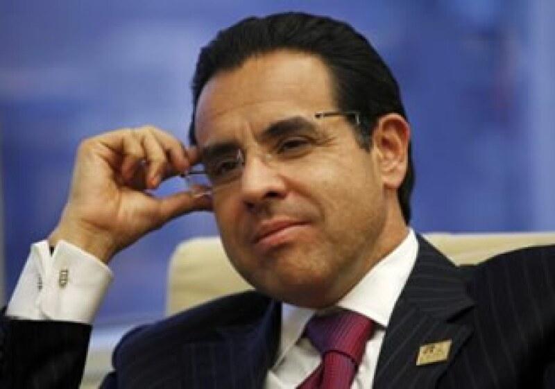 Valenzuela, director general de Banorte dijo que podrían adquirir un nuevo banco en EU a través de un proceso de subasta. (Foto: Reuters)