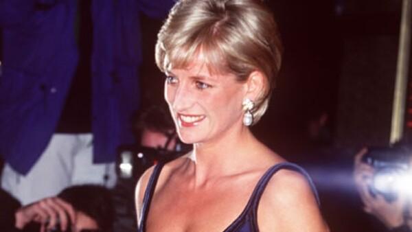 """Justo ayer, en el 13vo aniversario de la muerte de quien fuera Princesa de Gales, una empresa china decidió lanzar la marca de ropa interior """"Diana"""", dando mucho de qué hablar."""