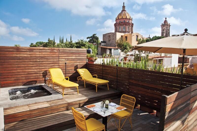 """Los sanmiguelenses pueden presumir de su denominada """"mejor ciudad del mundo para vivir"""", pero también de los altos estándares de calidad que hay en sus hoteles, galerías y restaurantes. ¡Descúbrelos!"""