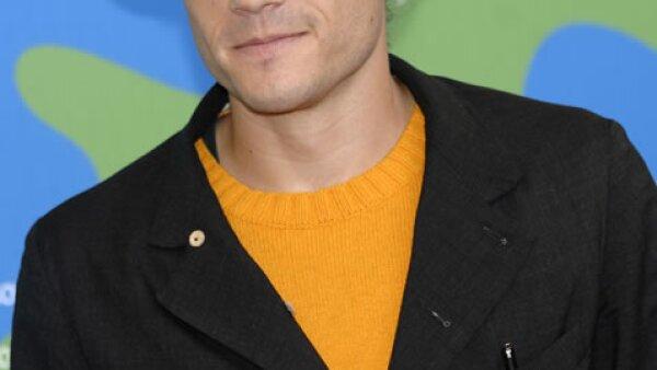 El nombre del fallecido actor Heath Ledger es uno de los principales en la sex list de la pelirroja.