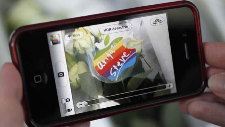 El iPhone revolucionó la tecnología móvil.