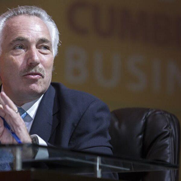 El director de Nafin dijo que la falta de cultura del ahorro en el país frena la inversión, esto durante el panel  Capital de Inversión: Un nuevo impulsor del crecimiento en México.