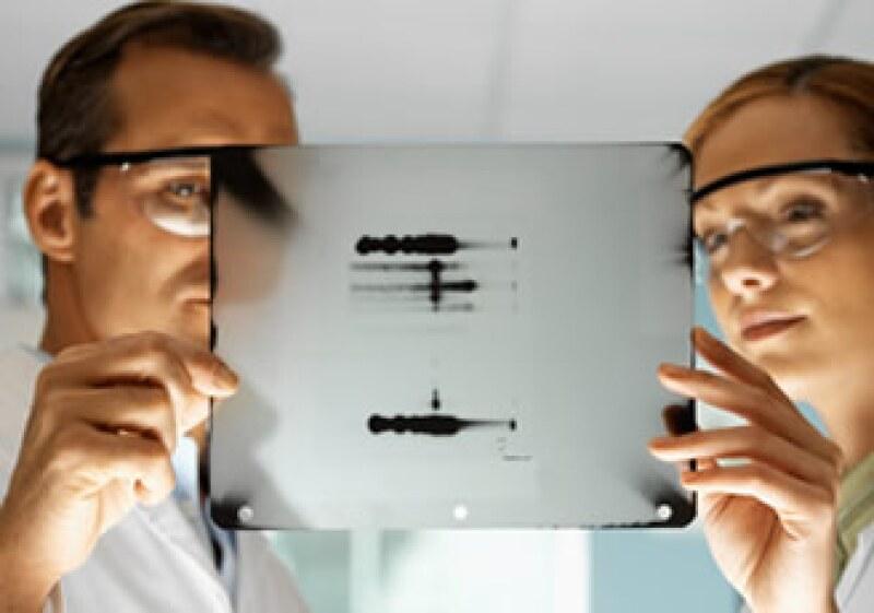 Un juez en NY decidió que la Oficina de Patentes y un laboratorio tienen una patente inválida sobre dos genes. (Foto: Jupiter Images)