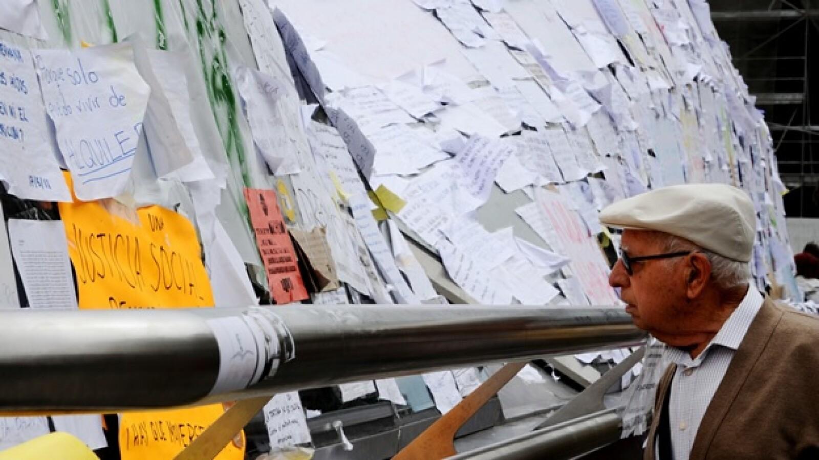España - protestas - mensajes