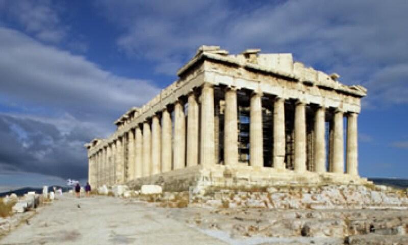 El acuerdo del canje de bonos, le perimitirá a Grecia orrar 107,000 millones de euros de la deuda helena. (Foto: Thinkstock)