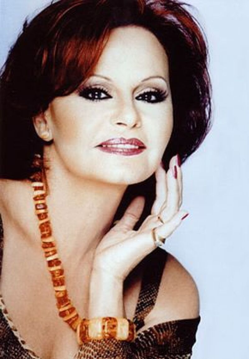 La cantante murió hace tres años y ahora se lanzará un disco en donde su esposo, Junior, cantará junto a ella.