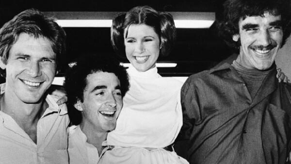 La actriz Carrie Fisher confesó que durante la filmación de `Star Wars´ en 1980 comenzó su adicción a las drogas.