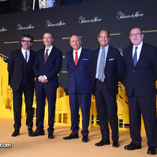 Carlos Salcido,Ernesto Izquierdo,José María Blanco,Juan Carlos Escrivano y Armando Goya