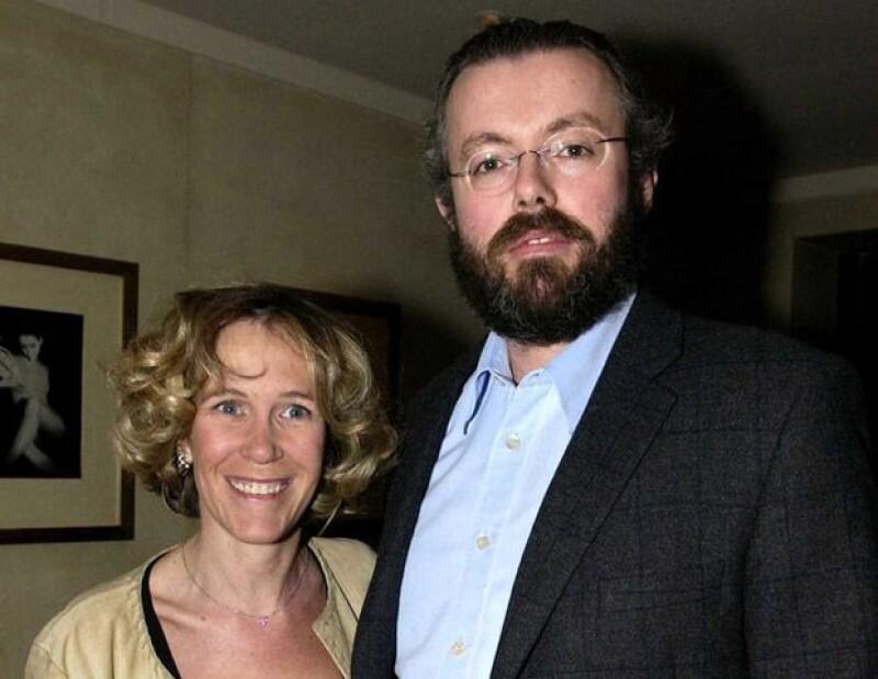 Medios británicos sostienen que Eva Rausing pudo haber fallecido hace una semana por una sobredosis, sin embargo Hans Kristian Rausing será interrogado.