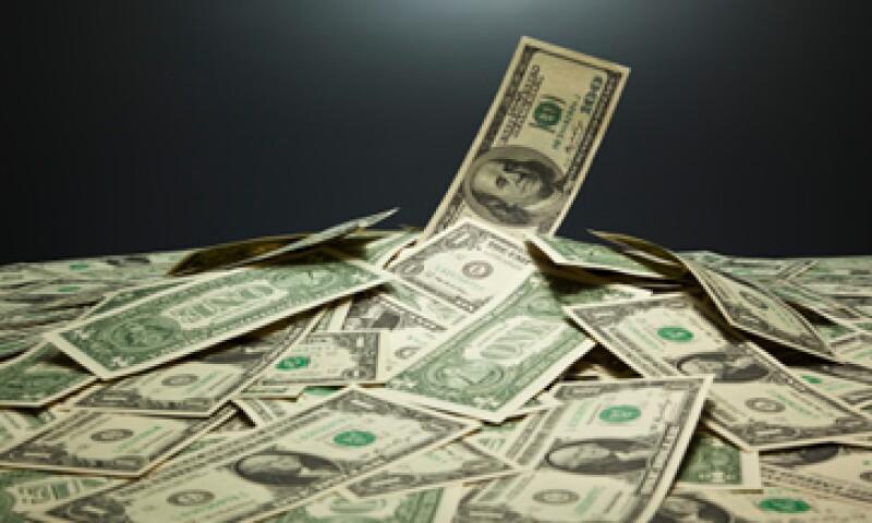 El tipo de cambio podría oscilar este miércoles en un rango de entre 13.24 y 13.34 pesos, según Banco Base. (Foto: Getty Images)