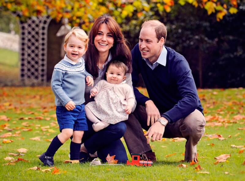 Los duques de Cambridge visitaron ayer jueves una organización solidaria en Londres y compartieron con los asistentes sus inquietudes como padres.