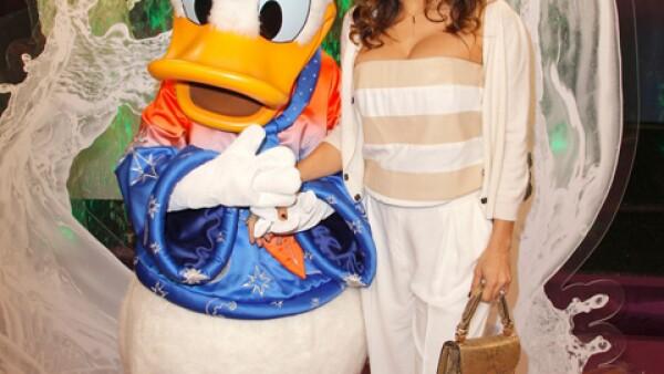 Salma Hayek se tomó su foto de fan con Donald hace un tiempo.