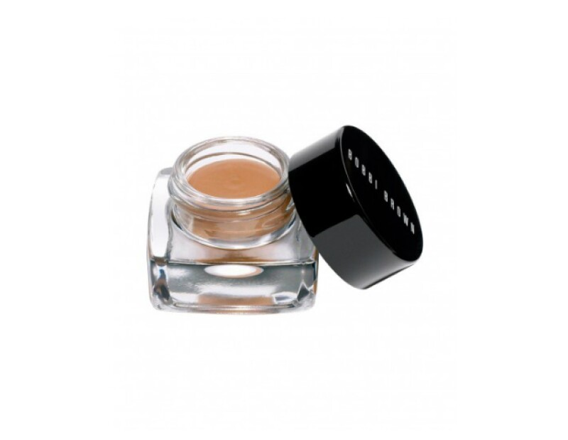 Long wear cream shadow, Bobbi Brown, $420; El Palacio de Hierro.