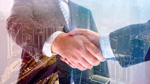 negociación para cerrar un trato