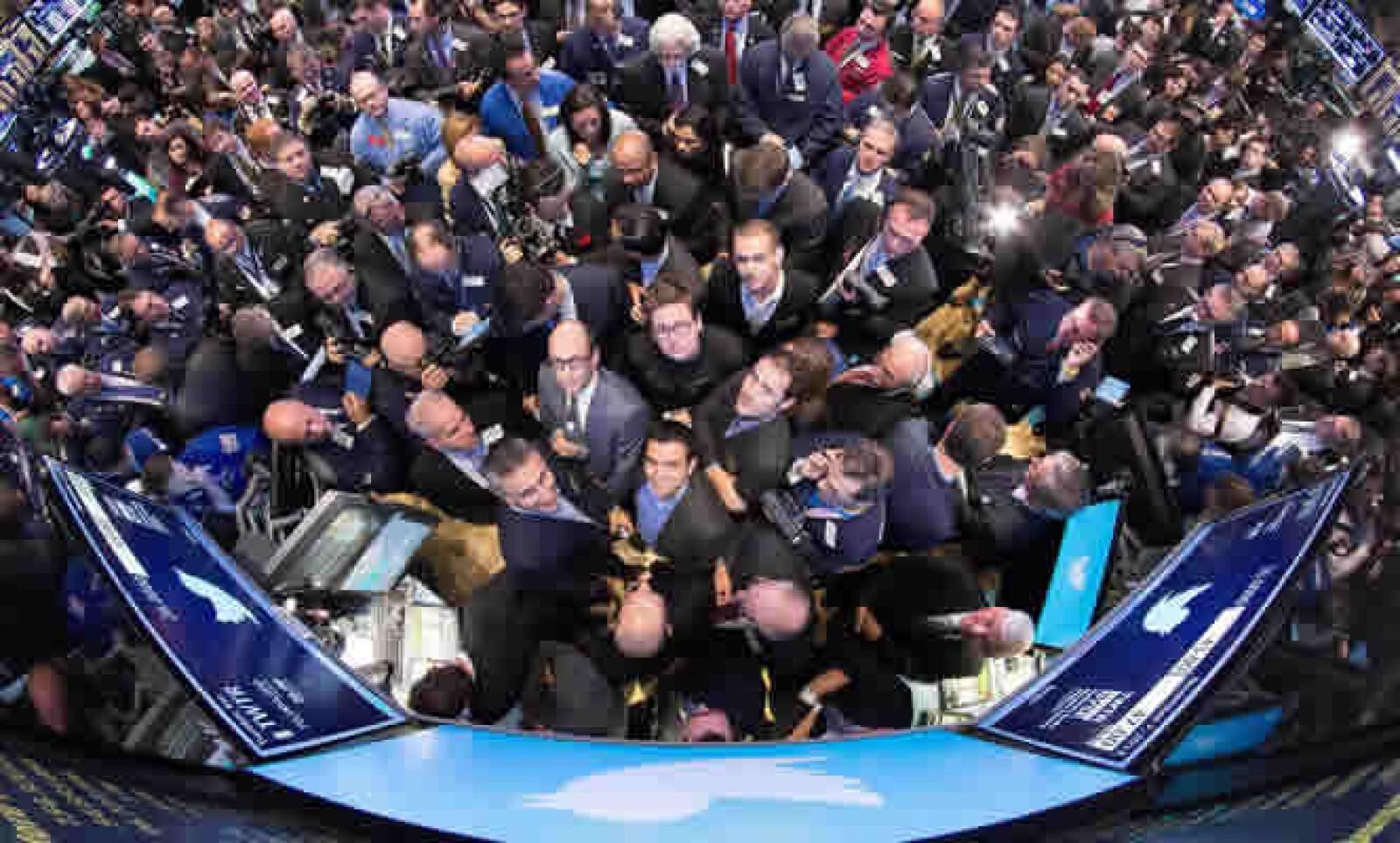 Un sondeo de Reuters-Ipsos, de octubre, mostró que un 36% de las personas que crearon una cuenta en Twitter dicen que no la usan.