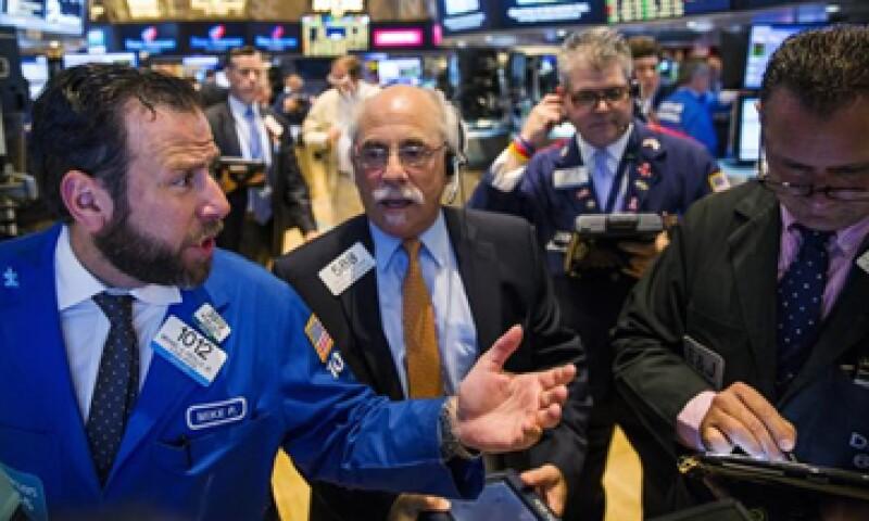 El Dow Jones bajó 0.67% en la Bolsa de Nueva York. (Foto: Reuters)