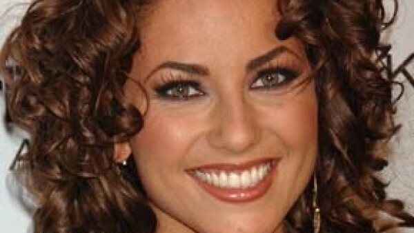 La actriz acompañó a la diputada federal del PAN, Gabriela Cuevas, durante una conferencia de prensa en la que anunció que presentará un punto de acuerdo para mantener el gasto del Imcine.