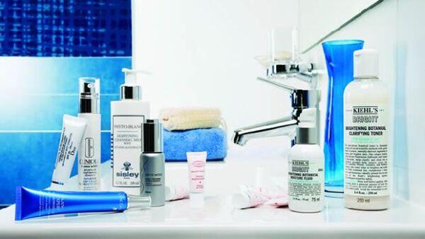 He aquí los productos para eliminar imperfecciones y lograr un tono parejo.
