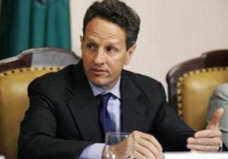 Timothy Geithner defendió las labores del Gobierno de EU para librar la crisis económica. (Foto: Archivo Reuters)