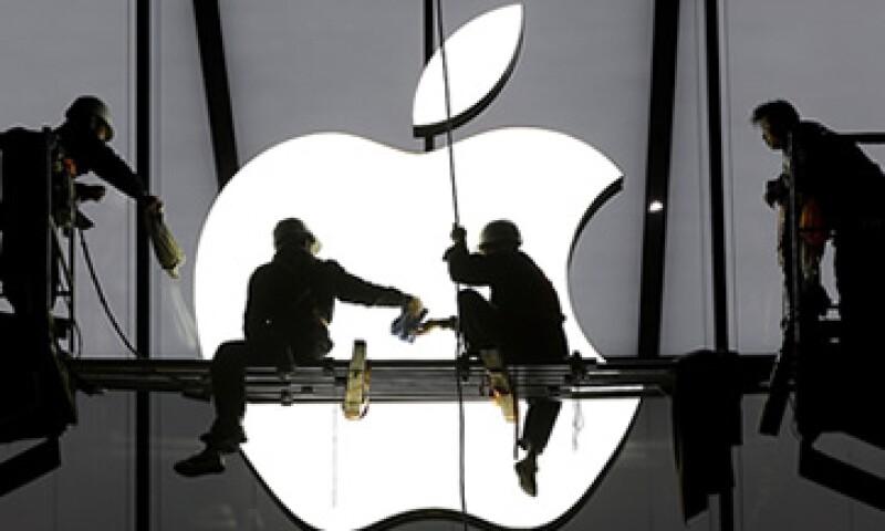 Analistas estiman que la acción de Apple puede pasar de 125 dólares a 185 por papel. (Foto: Reuters)