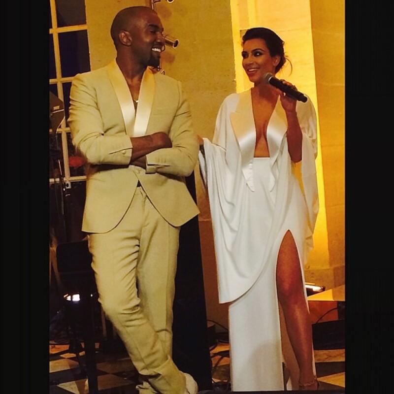 Fuentes cercanas a la pareja han compartido que Kim y Kanye se han mostrado de lo más relajados durante los días previos a la boda.