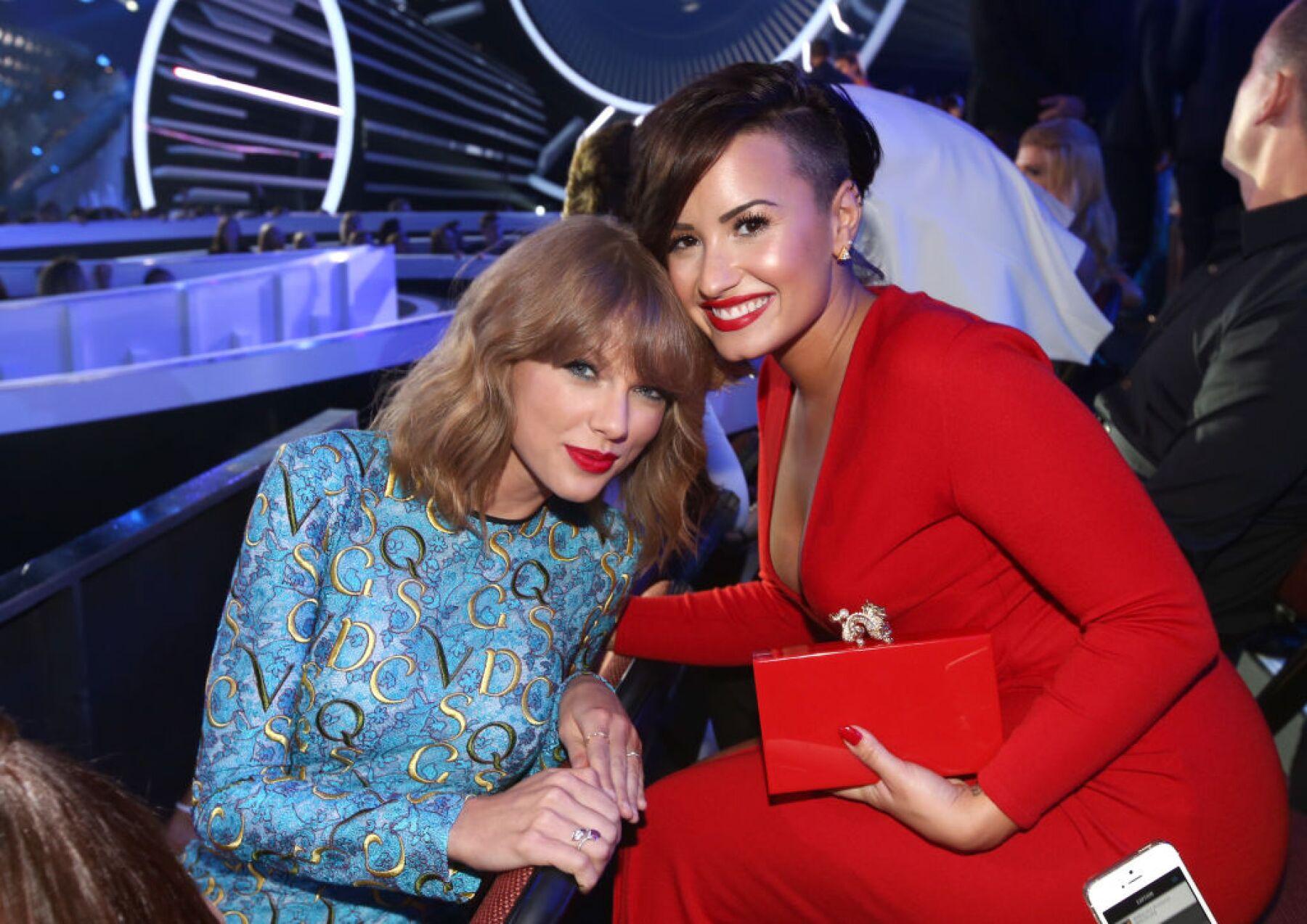 Taylor Swift y Demi Lovato