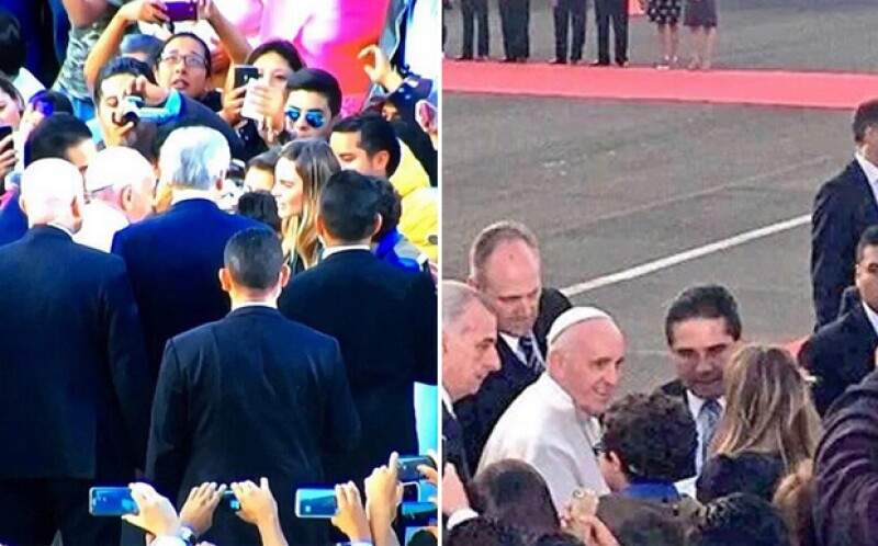 Belinda en el momento en el que estrechaba la mano del Papa Francisco durante su visita en Morelia, Michoacán.