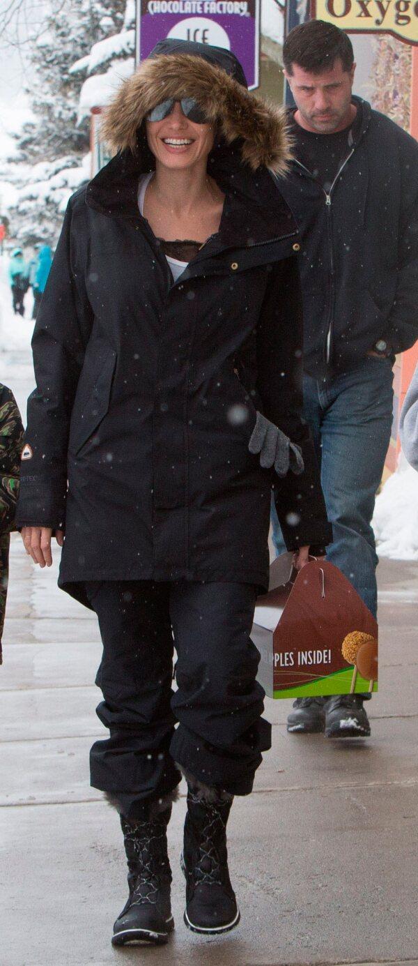 Angelina Jolie en la nieve