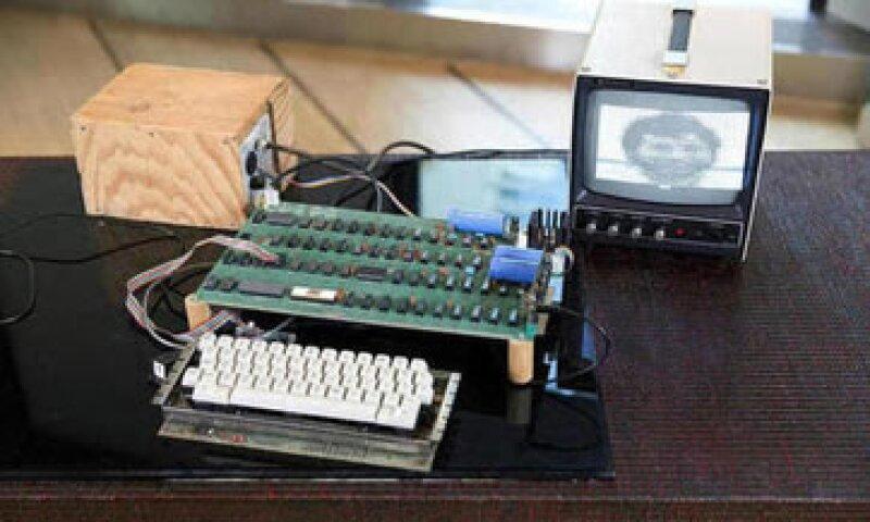 La Apple-1 fue de las primeras armadas por Steve Wozniak en el garaje de Steve Jobs. (Foto: Tomada de bonhams.com )