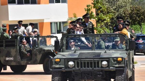 General Salavdor Cienfuegos amapola