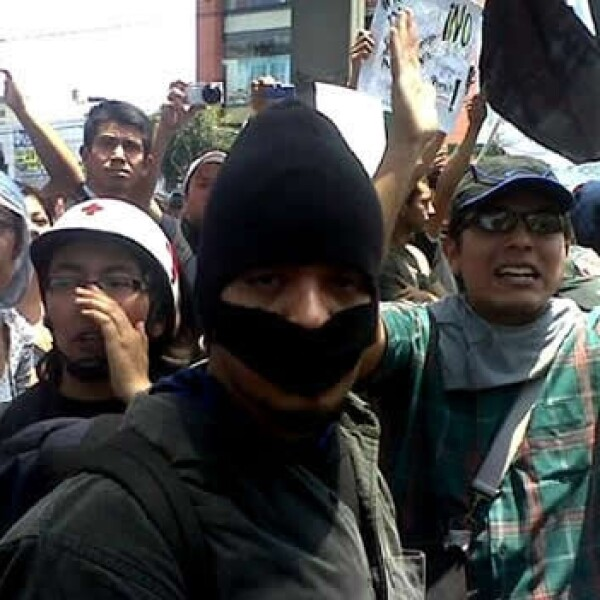 marcha durante el primer informe de gobierno