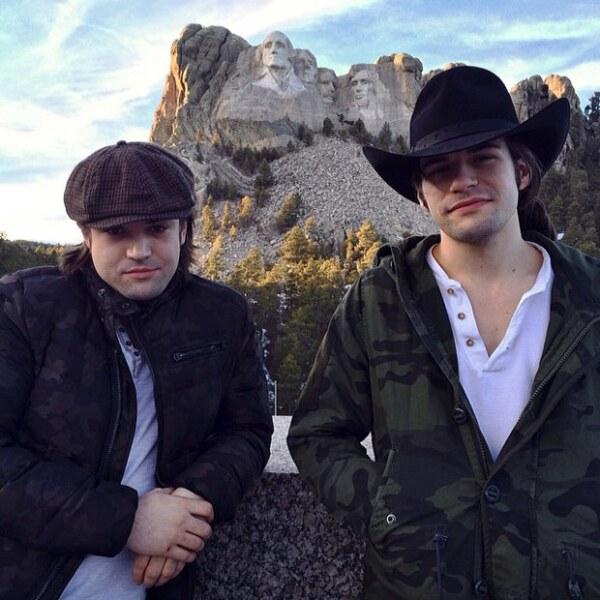 Reid y Neil Perry son el lado masculino de The Band Perry, y su look indie rock los hace ser hot para todos los gustos.
