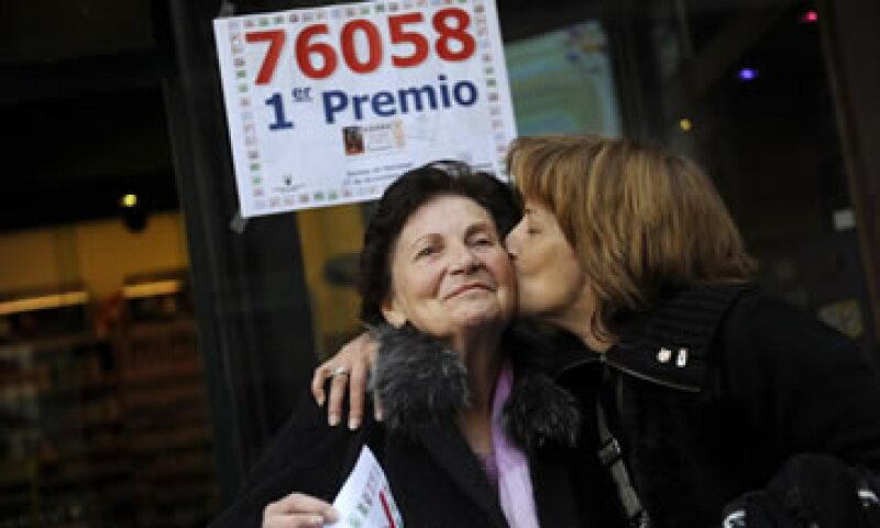 Las ventas de lotería de Navidad descendieron 8.03% a 2,466 millones de euros. (Foto: Reuters)