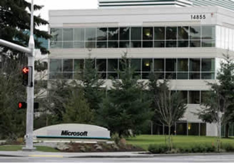 Microsoft no ha podido igualar su tasa de crecimiento que gozó durante su auge en la década de los 90. (Foto: AP)