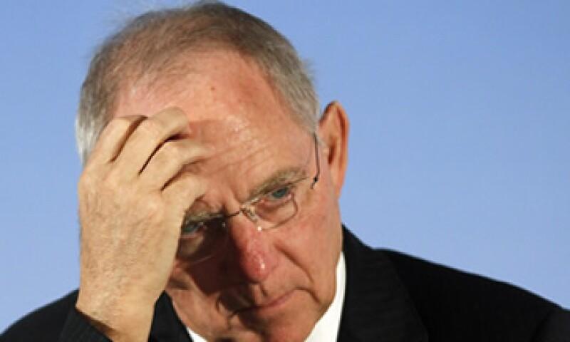 El ministro de Finanzas alemán, Wolfgang Schaeuble, dijo que en marzo se revisará si la capacidad del MEDE aprobada es suficiente. (Foto: AP)