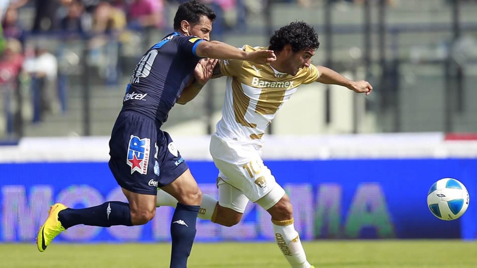 Martín Bravo Pumas anotó dos goles en empate ante Puebla