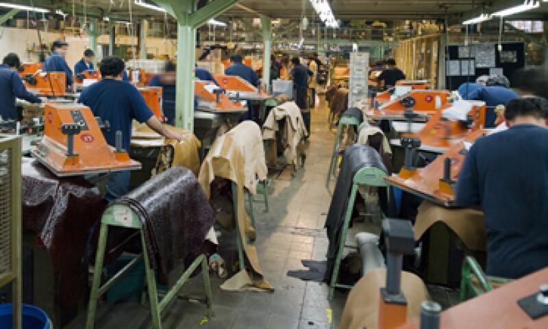 Con más impuestos en 2014, la industria de exportación mexicana enfrentará una mayor desventaja que la hará perder competitividad.  (Foto: Getty Images)