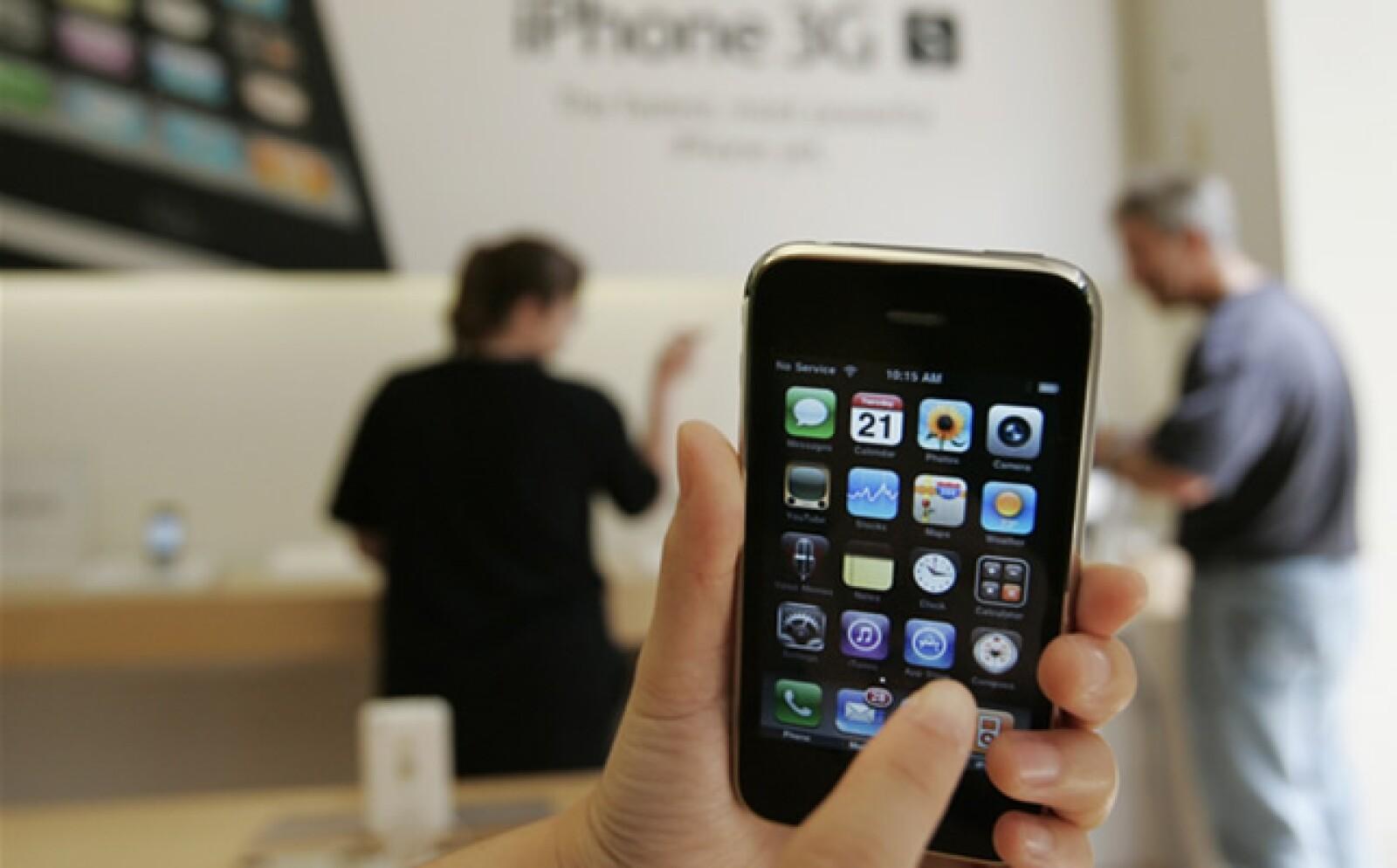 Llega el nuevo iphone a una porción de Latinoamérica distribuido por América Móvil (Telcel) y gradualmente saldrá en toda la región latina.