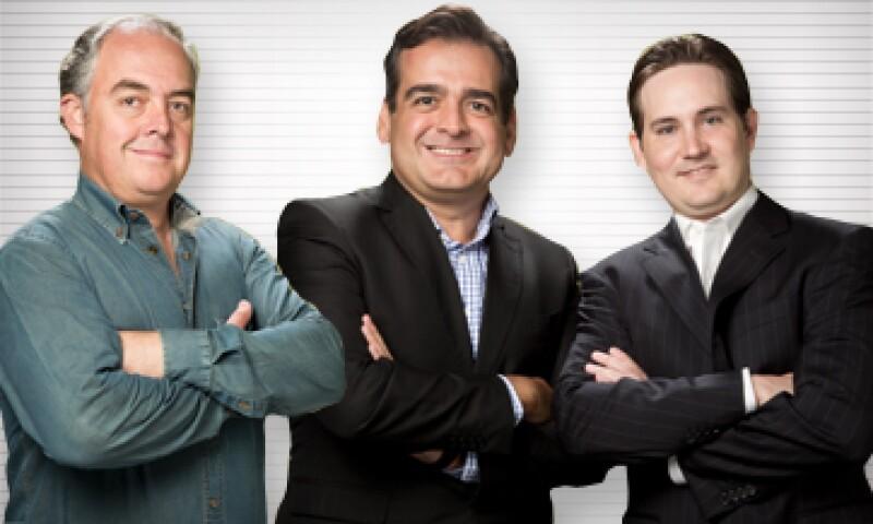 Salvador Jiménez, fundador de Valle Orgánico (extrema izquierda), con Vidal Cantú y Guillermo Farias, fundadores de Veramiko (derecha). (Foto: Paulina Chávez)