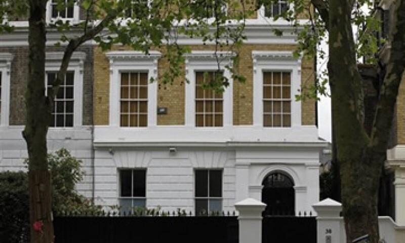 La identidad de los nuevos propiertarios del inmueble en Londres ha sido reservada. (Foto: AP)