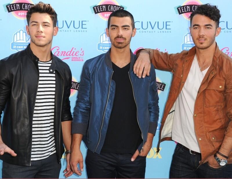 Nick, Joe y Kevin Jonas