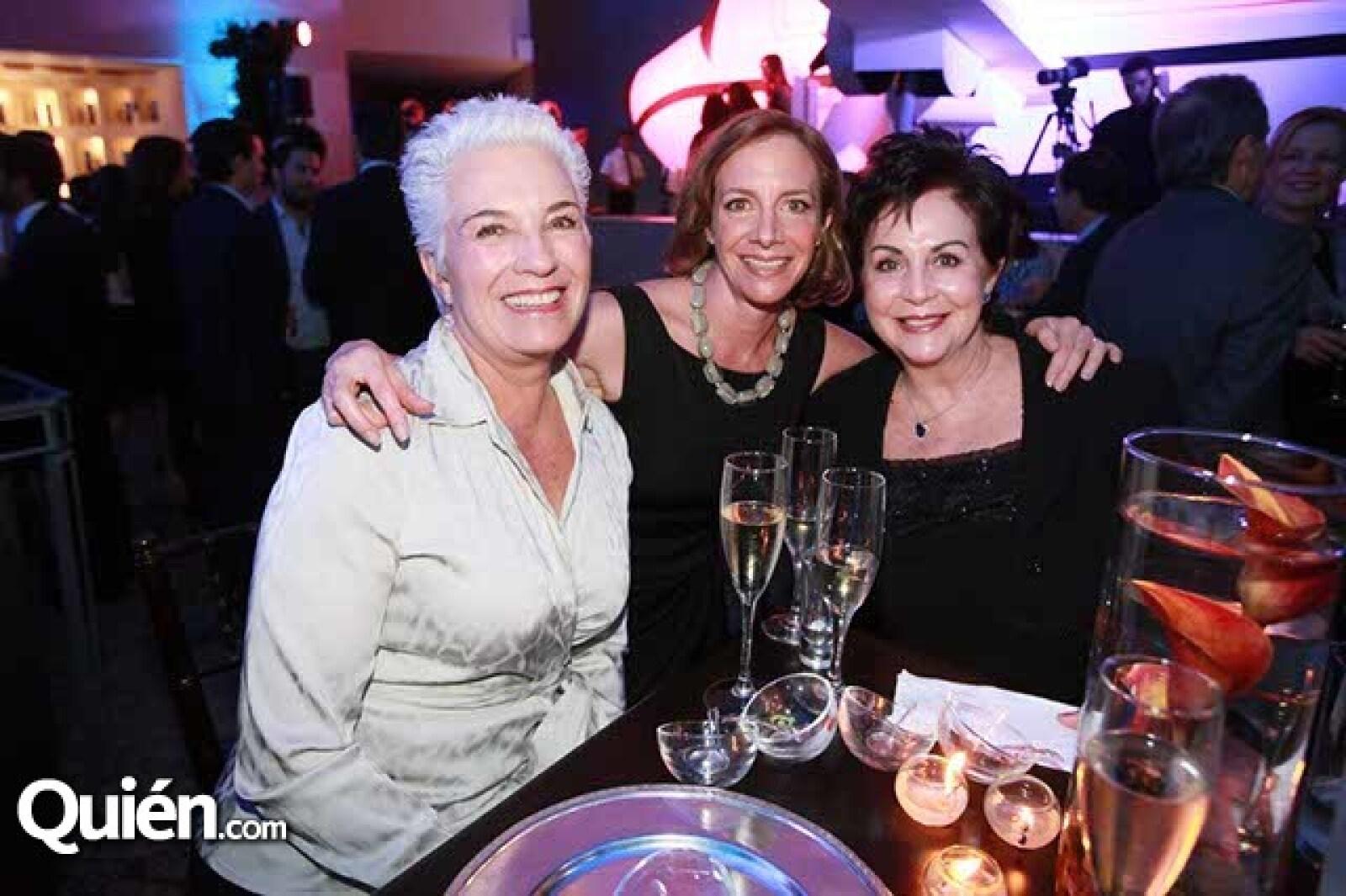 Patricia Kuri,Veronica González y Cristina Velasco
