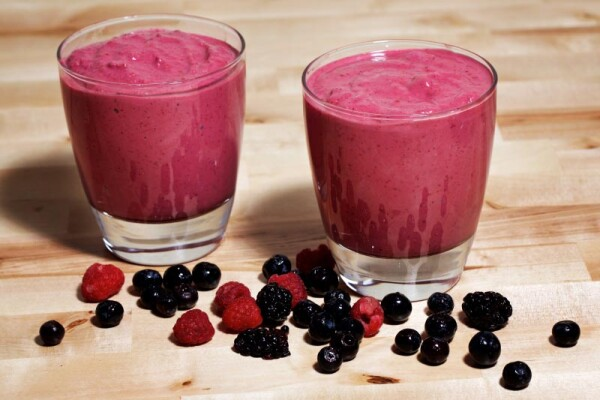 Berry Almond Smoothie