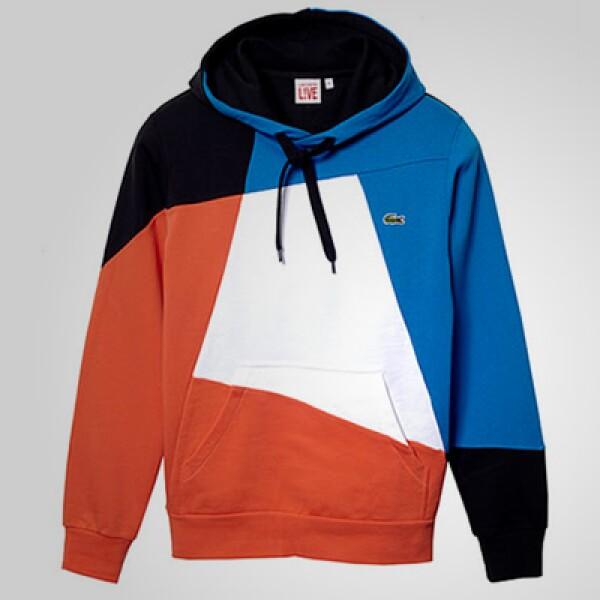 La firma presentó su nueva colección Live! para el otoño-invierno, en la que dominan los tonos azules, rojos y naranjas.