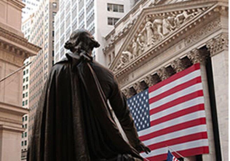 La Bolsa de Nueva York permanece cerrada este lunes porque en EU se conmemoran a los soldados caídos en combate. (Foto: Photos to Go)