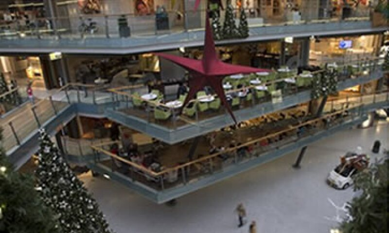 Muchas plazas en Europa lucen así ante la situación económica. (Foto: AP)